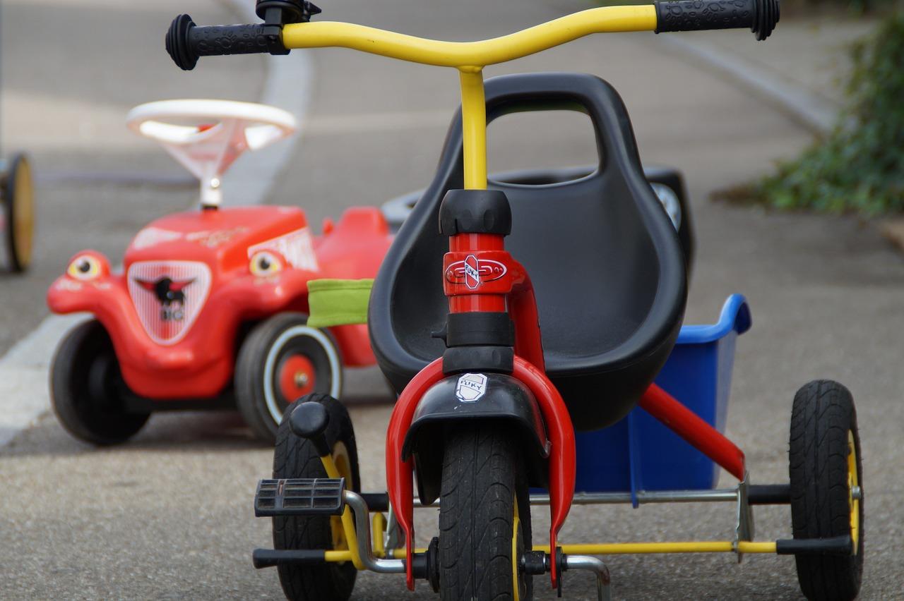 Choisir un tricycle selon l'âge du bébé